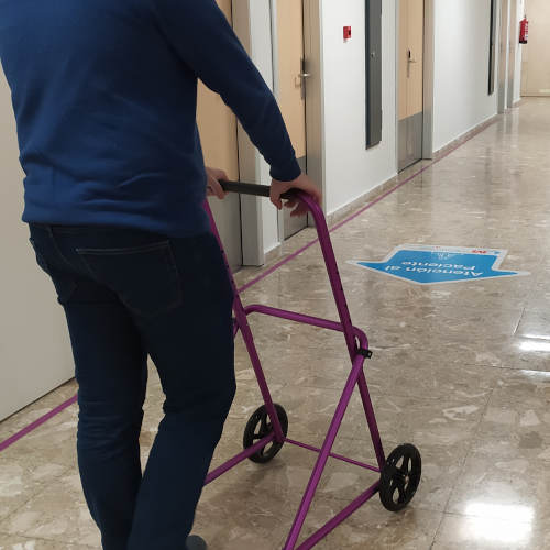Walkers with wheels, Large wheels for safer walking